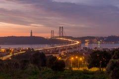 El puente inevitable Foto de archivo libre de regalías