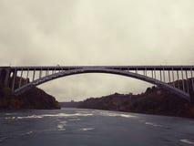 El puente internacional del arco iris Fotografía de archivo