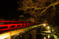 El puente rojo de Takayama Imagen de archivo