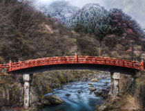 El puente sagrado, Shinkyo en Nikko Japón foto de archivo