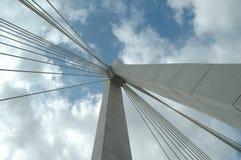 El puente sobre el río Imagen de archivo libre de regalías