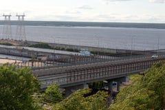 El puente sobre el río Fotos de archivo