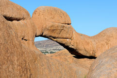 El puente, Spitzkoppe, Namibia Imagen de archivo