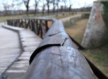 El puente viejo a partir del siglo XVIII en buenas condiciones durante los días de invierno en la fortaleza de Petrovaradin Fotos de archivo