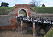 El puente viejo a partir del siglo XVIII, fortaleza de Petrovaradin, Novi Sad, Serbia Foto de archivo libre de regalías