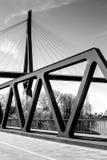 El puerto de Hamburgo tiende un puente sobre negro Foto de archivo libre de regalías