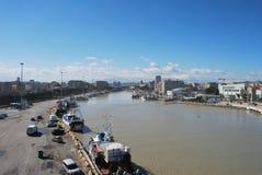 El puerto de la línea de costa y la playa de Pescara Fotografía de archivo