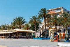El puerto del pictursque de Sitia, Creta, Grecia Sitia es una ciudad tradicional en el Creta del este n foto de archivo libre de regalías