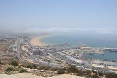 el puerto deportivo y el puerto pesquero en Agadir Marruecos Imágenes de archivo libres de regalías