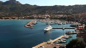 El puerto en Calvi, Córcega metrajes
