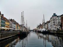 El puerto en Nyhavn fotos de archivo libres de regalías