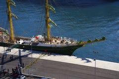 El puerto para las naves de todos los tamaños en la ciudad de Funchal Madeira Fotos de archivo
