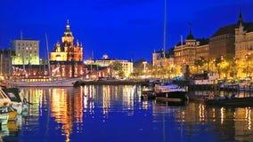 El puerto viejo en Helsinki, Finlandia
