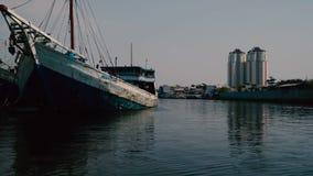 El puerto viejo en la ciudad
