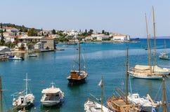 El puerto viejo en Spetses Imagen de archivo libre de regalías