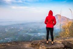 El punto de vista del hillsKottappara de Kottapara es la adición más reciente al turismo en el distrito de Idukki de Kerala imagenes de archivo