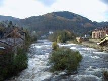 El río abajo Foto de archivo libre de regalías