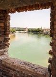 El río Adige en Verona Imagen de archivo libre de regalías