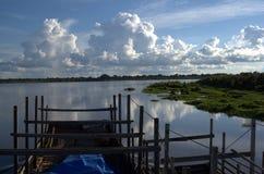 El río barge adentro Bolivia imagen de archivo