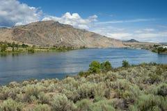 El río Columbia es el río más grande del noroeste pacífico fotos de archivo libres de regalías