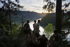 El río Danubio en la puesta del sol Fotografía de archivo libre de regalías