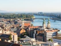 El río Danubio y tejados de la Budapest, Hungría Fotos de archivo