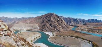 El río de la montaña Foto de archivo