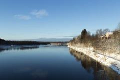 El río de UmeÃ¥, Suecia fotos de archivo libres de regalías