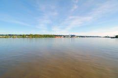 El río Fraser en primavera Fotos de archivo libres de regalías