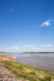El río Mekong en ka Bao, Mukdahan, Tailandia de Keang Imagen de archivo