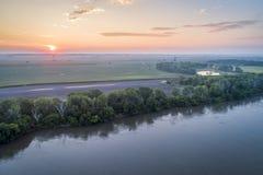 El río Missouri en Brownville, Nebraska imagen de archivo