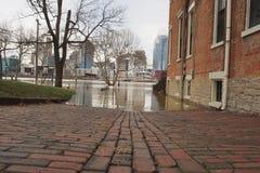 El río Ohio que inunda 2018 en Cincinnati imagen de archivo