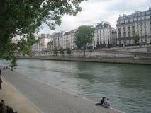 El río Sena imagen de archivo