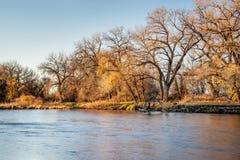 El río South Platte en Colorado Imagenes de archivo