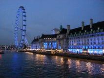 El río Támesis Londres Imagen de archivo libre de regalías
