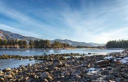 El río Yenisey orilla Imagen de archivo libre de regalías