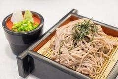 El ramen de Soba es tallarines del alforfón, comida del estilo japonés imagenes de archivo