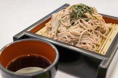 El ramen de Soba es tallarines del alforfón, comida del estilo japonés Imagen de archivo