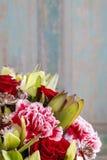 El ramo de orquídea, color de rosa y de clavel florece imágenes de archivo libres de regalías