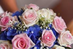 El ramo en novias da imagen de archivo