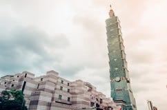 El rascacielos de Taipei 101 en Taipei, el edificio alineó los mundos más altos a partir de 2004 hasta el 2010 imagenes de archivo