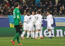 El Real Madrid de los jugadores celebra una meta Fotografía de archivo