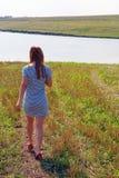 El recorrer de la muchacha Foto de archivo libre de regalías