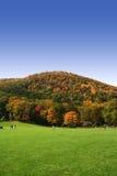 El recorrer del otoño imagen de archivo libre de regalías