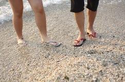 El recorrer en la playa Imagenes de archivo