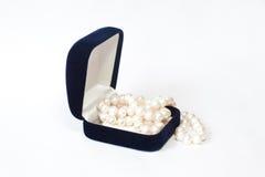 El rectángulo con las perlas Imagenes de archivo