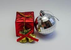 El regalo del día de la Navidad imagen de archivo libre de regalías