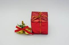 El regalo del día de la Navidad imagen de archivo