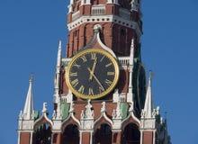 El reloj chiming de Moscú imágenes de archivo libres de regalías