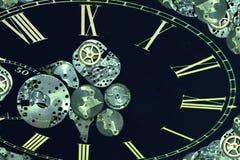 El reloj de la vendimia parte el fondo abstracto Foto de archivo libre de regalías